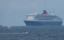 Queen Mary 2 liner